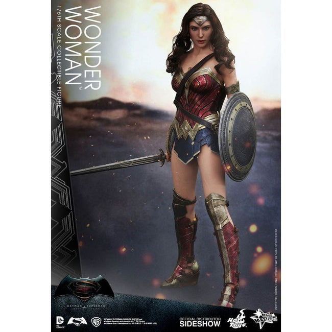 Batman V Superman - Wonder Woman Hot Toy 1:6 Scale Figure (Display)