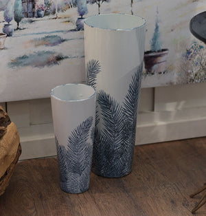 Large Blue/white Vase