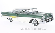 1958 FORD FAIRLANE 500 HARD TOP WHITE/GREEN