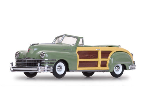VIT36221 - 1947 CHRYSLER TOWN & COUNTRY GREEN