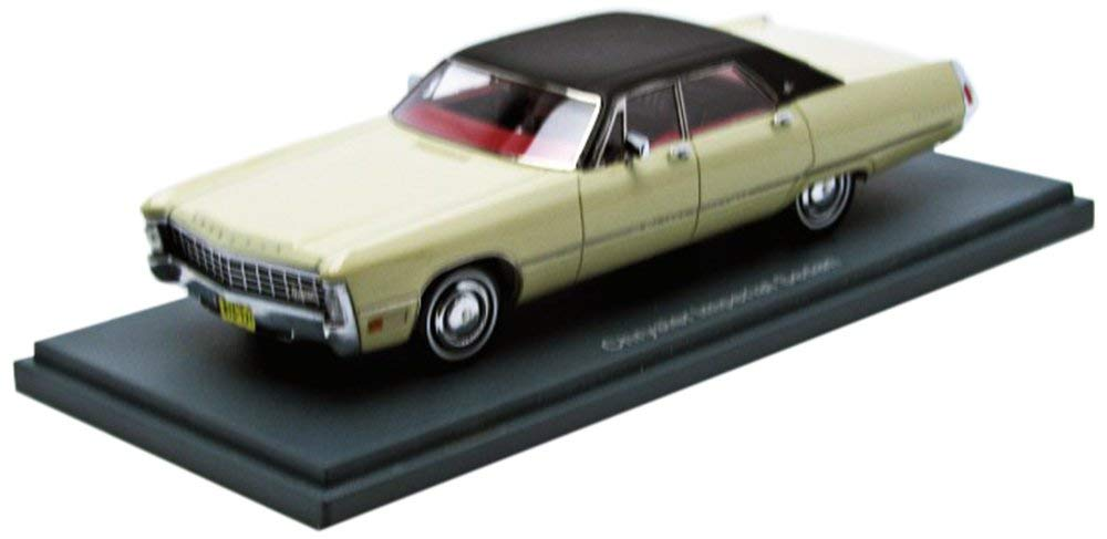 NEO44731 - 1962 IMPERIAL LE BARON SEDAN WHITE