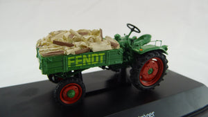 450258600 - FENDT EQUIPMENT CARRIER GT WITH WOOD