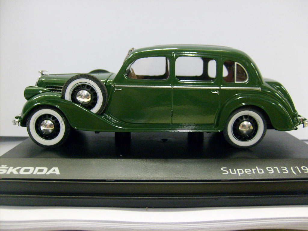 1938 SKODA SUPERB 913 GREEN