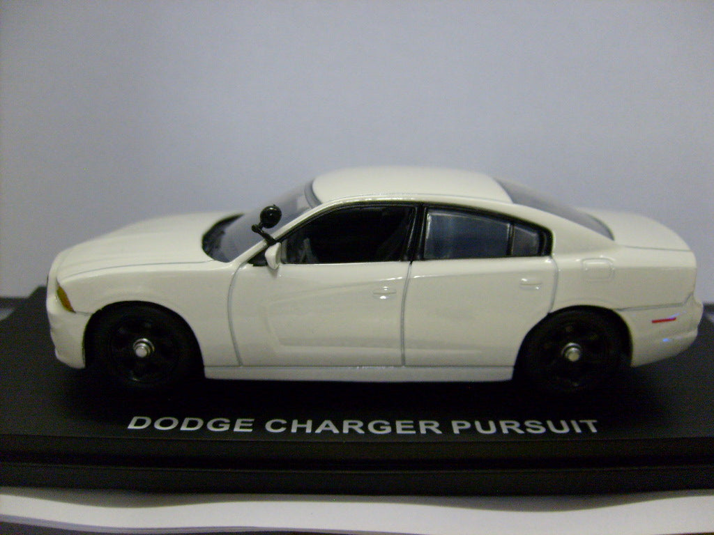 CRG001 - 2012 DODGE CHARGER PURSUIT WHITE