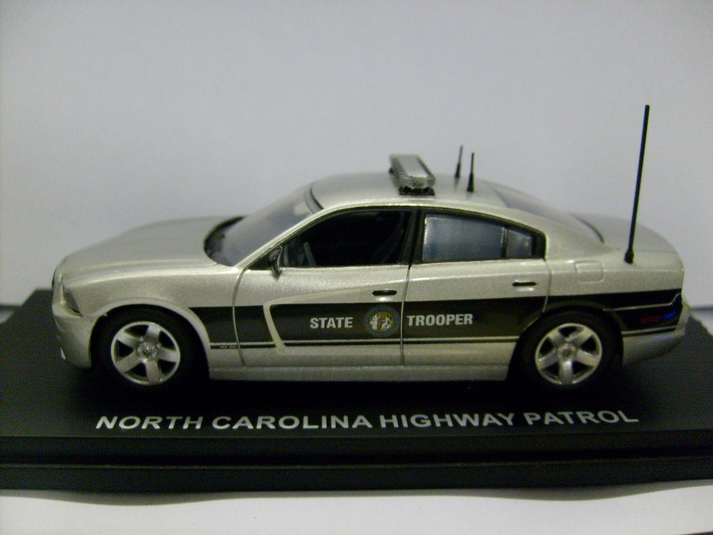 CRG104 - 2012 DODGE CHARGER NORTH CAROLINA HIGHWAY PATROL