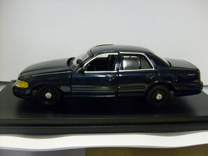 FCV001 - 2010 FORD CROWN VICTORIA BLUE