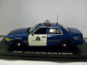 FCV107 - FORD CROWN VICTORIA ROYAL CANADIAN MOUNTED POLICE BLUE AND WHITE