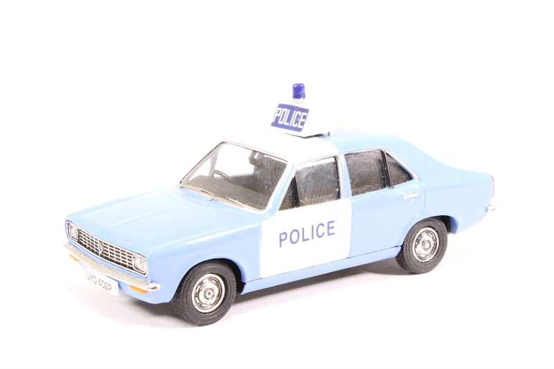 VA10405 - HILLMAN AVENGER AVON AND SOMERSET POLICE