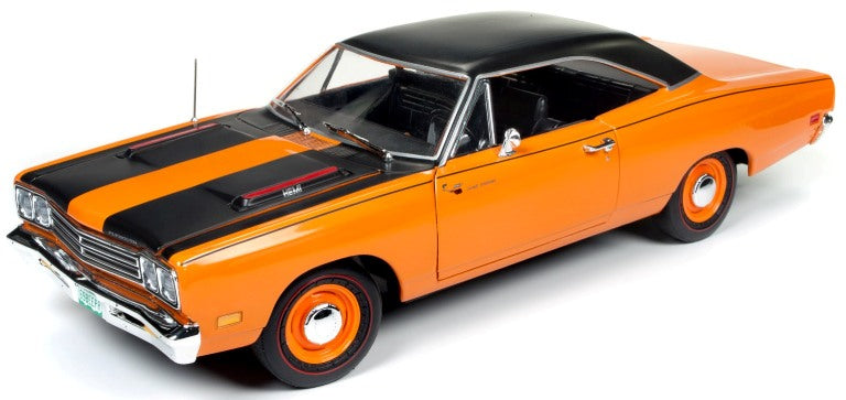AMM1131 - 1969 PLYMOUTH ROADRUNNER CLASS OF 68 PEACH WITH BLACK TOP