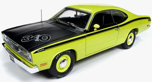 AMM1154 - 1971 PLYMOUTH DUSTER 340 GREEN WITH BLACK STRIPING