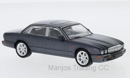 CLC289 - JAGUAR XJ MKI RED
