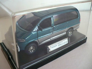 MS09 -MITSUBISHI DELICA SPACE GEAR GREEN