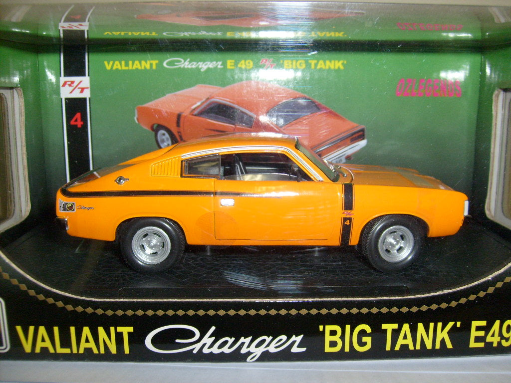 OZ32817VC - VALIANT CHARGER E49 RT 'BIG TANK' VITAMIN C