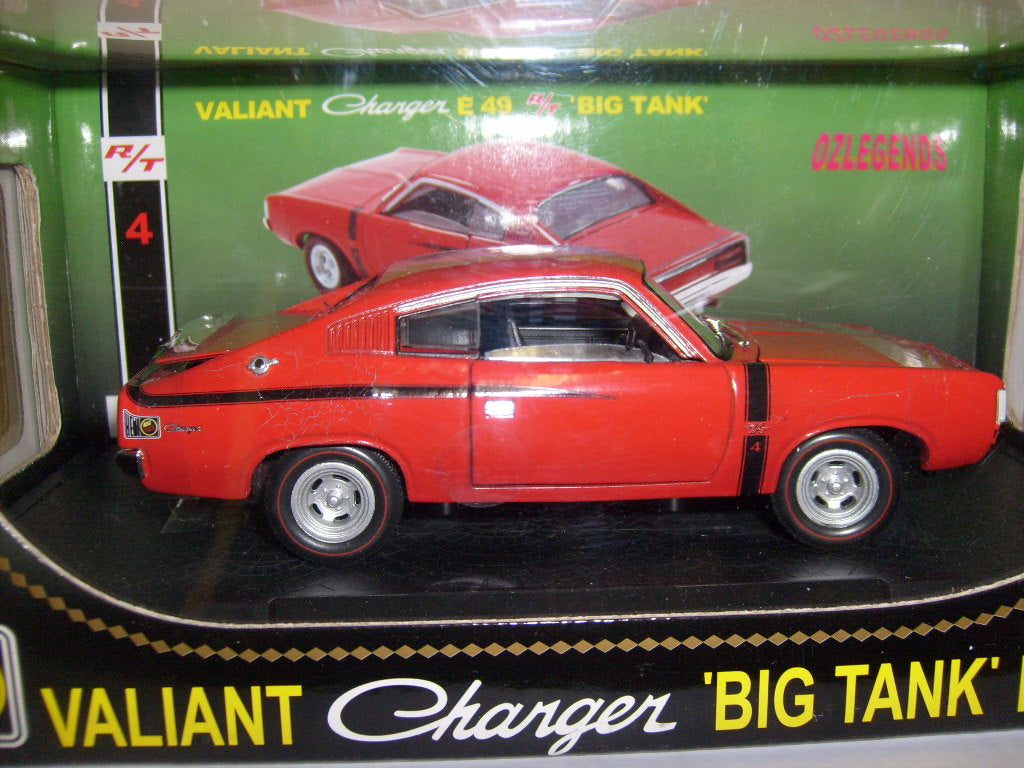 OZ32817VR - VALIANT CHARGER E49 RT 'BIG TANK' VINTAGE RED