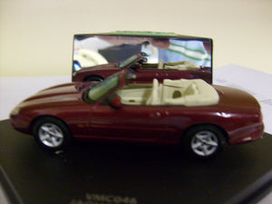 VMC046 - JAGUAR XK8 OPEN CONV METALLIC RED