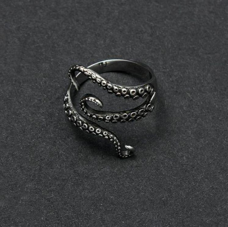 Premium Gothic Resizable Octopus Ring