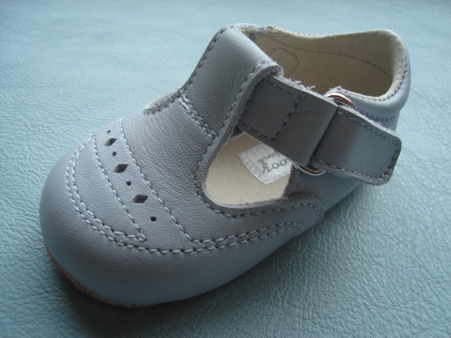 White Leather Pram Shoes