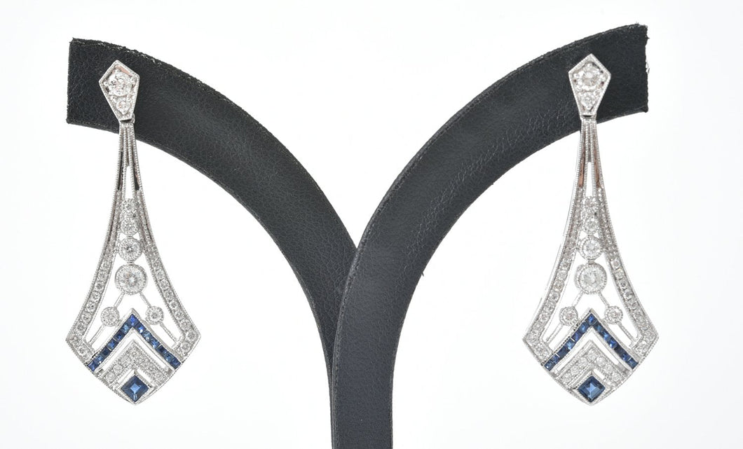 A PAIR OF ART DECO STYLE SAPPHIRE AND DIAMOND DROP EARRINGS