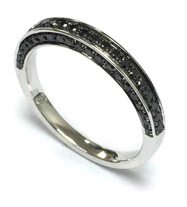 BLACK DIAMOND RING 18CT WHITE GOLD 3.1 GRAMS 63 BLACK DIAMONDS 0.52 CT