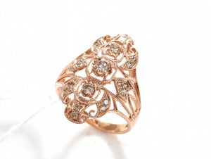 A CHAMPAGNE DIAMOND OPENWORK RING, IN 18CT ROSE GOLD, SIZE N-O