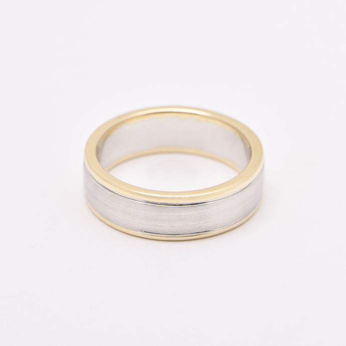 Men's Two Tone Edge Wedding Ring