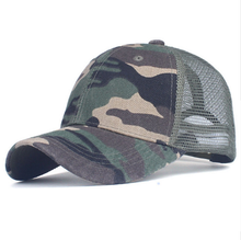 Camouflage of baseball cap with Grid
