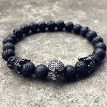 Men's lava bracelet with a skull decoration