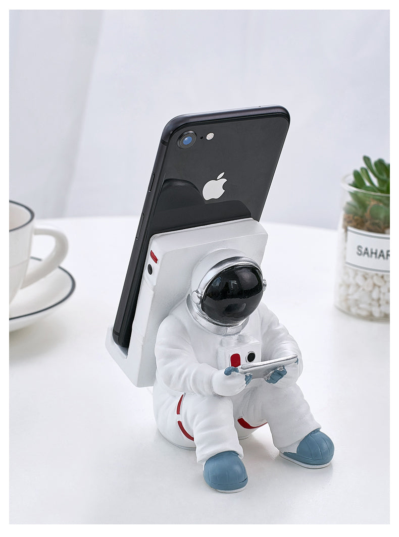 Astronaut Phone Holder