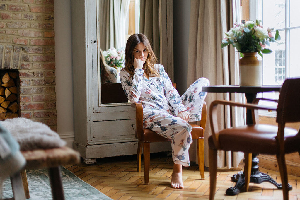 DODO PRINT LONG LUXURY COTTON WOMENS PYJAMA SET - WHITE