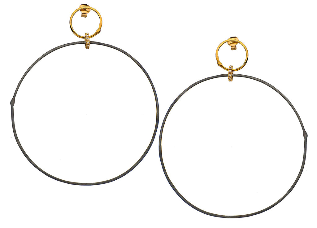 Oxidized Hoops on Gold and Diamond