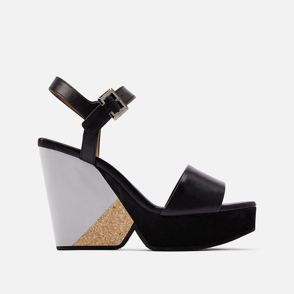 PEARL WEDGE SANDALS, BLACK