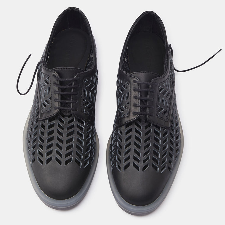 DERBIES REMIE, BLACK