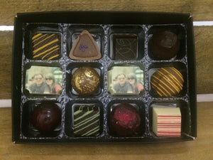 12 CHOCOLATE BOX WITH 2 PICTURE OR LOGO CHOCOLATES