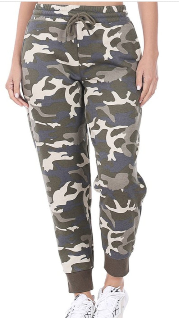 MUTED CAMO JOGGERS