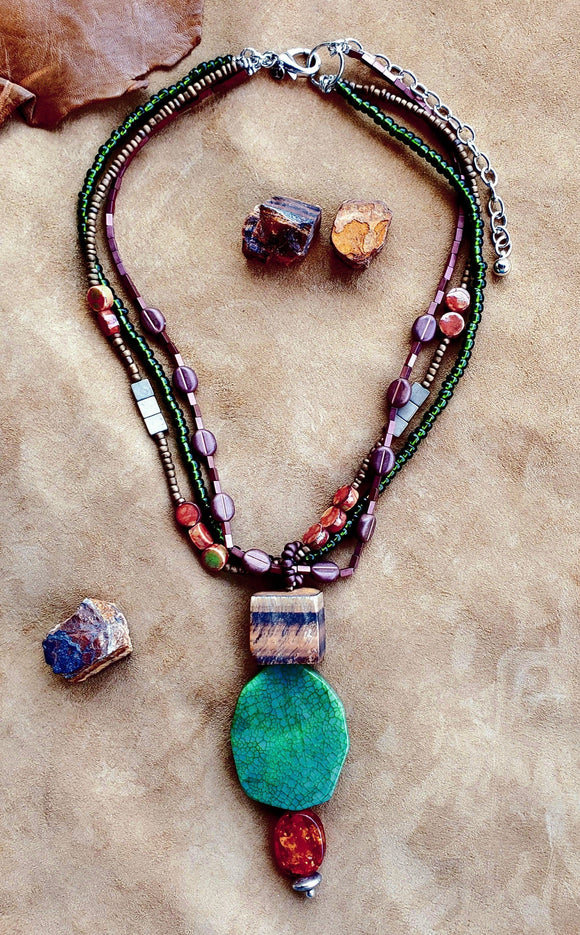 Strata Short 3 Row Beaded Pendant Necklace