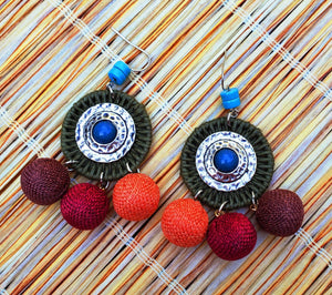 Tiki Raffia Disc & Beads Earrings