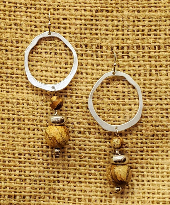 Treska Finds Linked Ring & Stone Earrings Tan