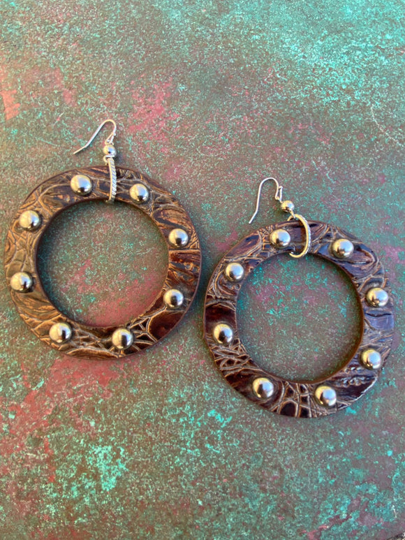 LARGE FAUX LEATHER STUDDED HOOPS BROWN