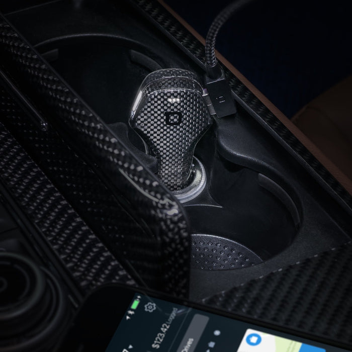 Nonda ZUS Smart Car Charger Carbon Fiber Edition