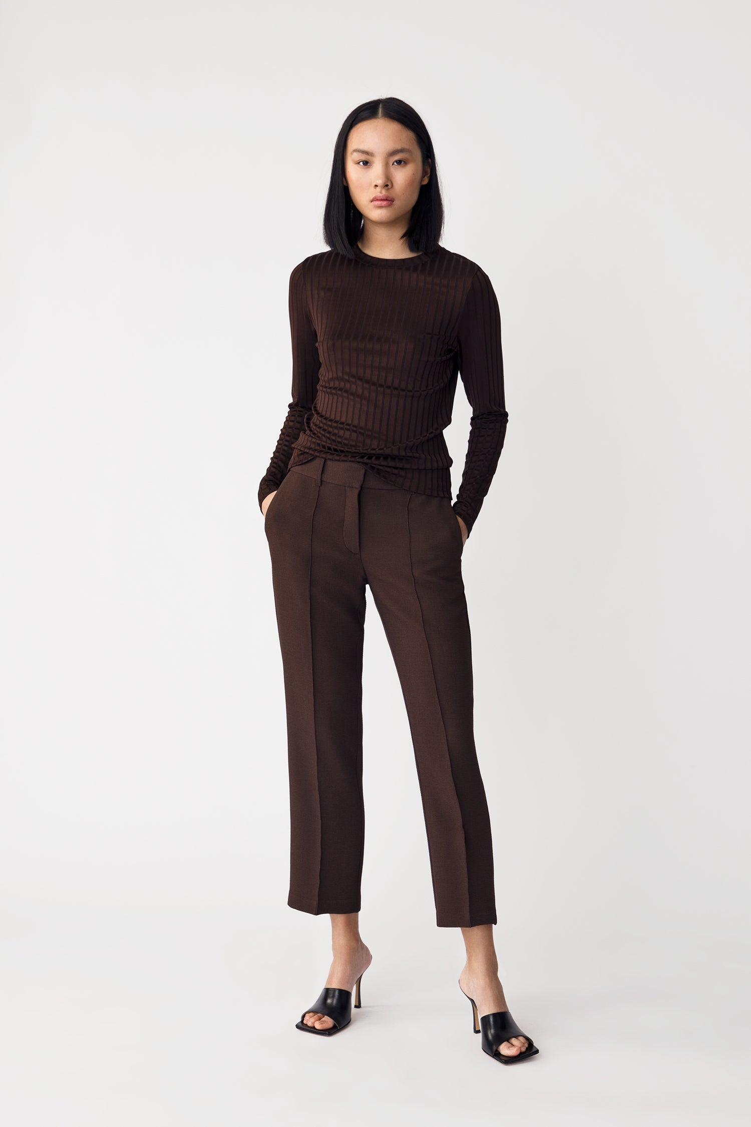 BEN TROUSERS - DARK BROWN