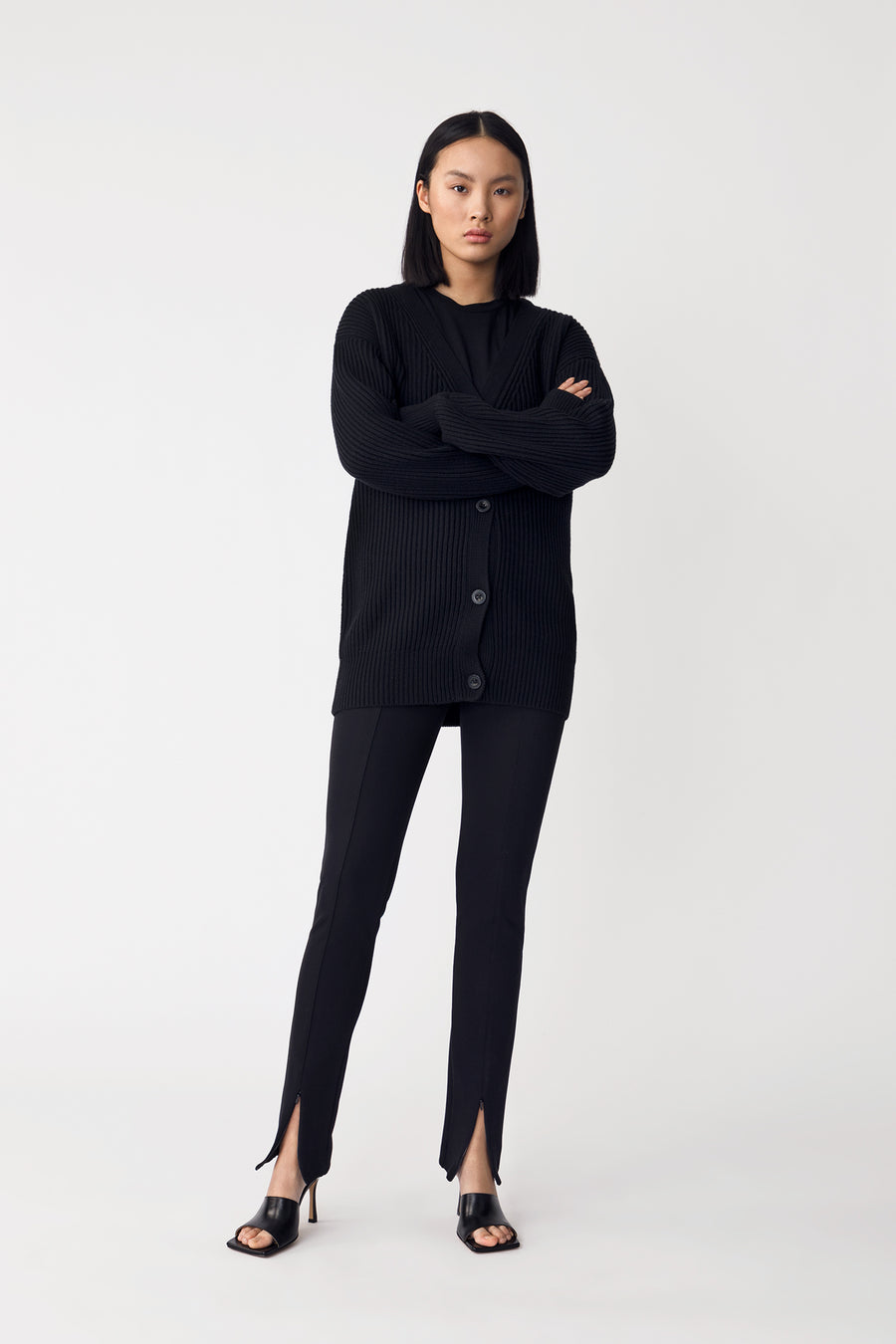 AINO SWEATER - BLACK