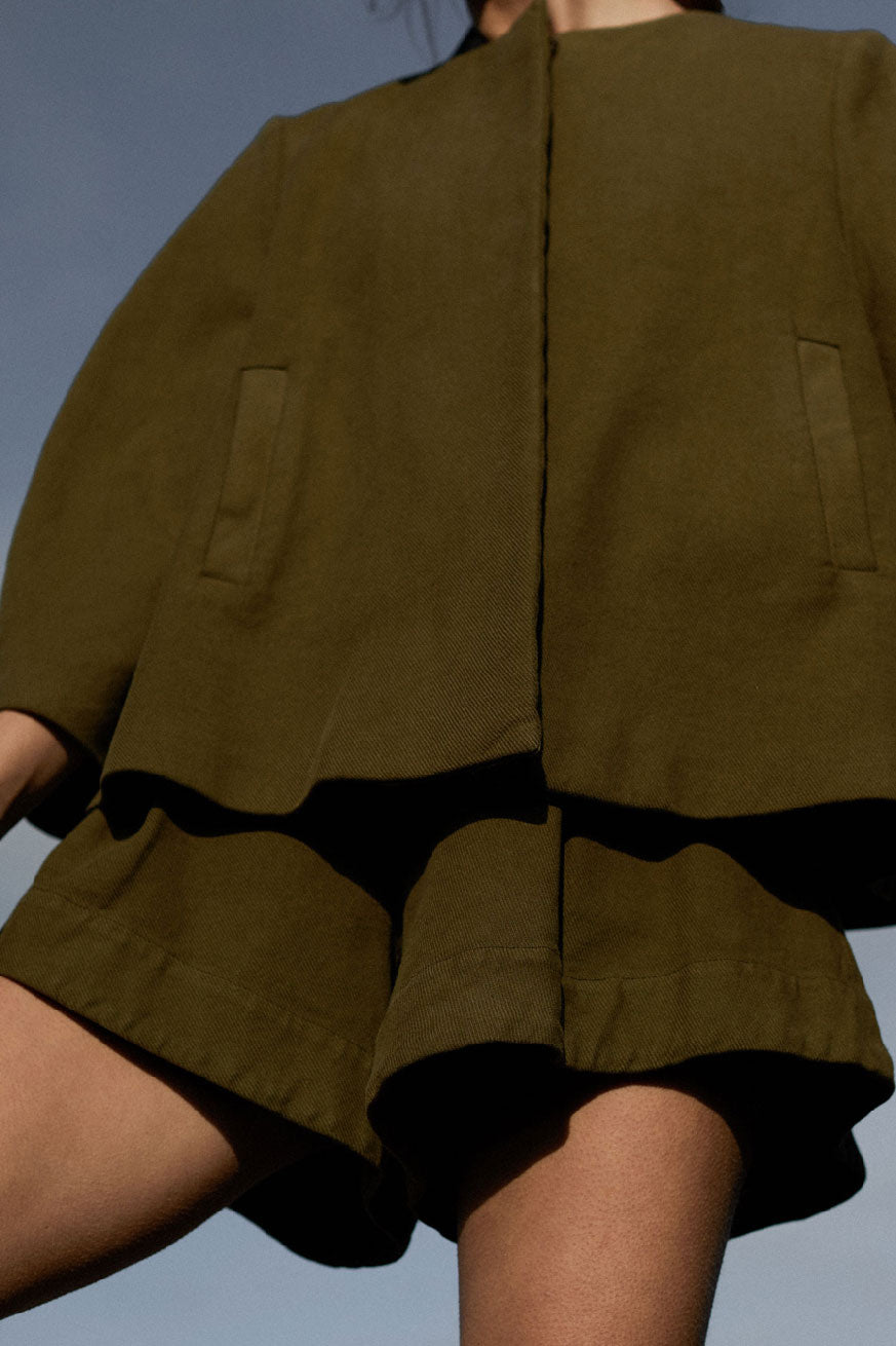 KYRIA SHORTS - ARMY GREEN