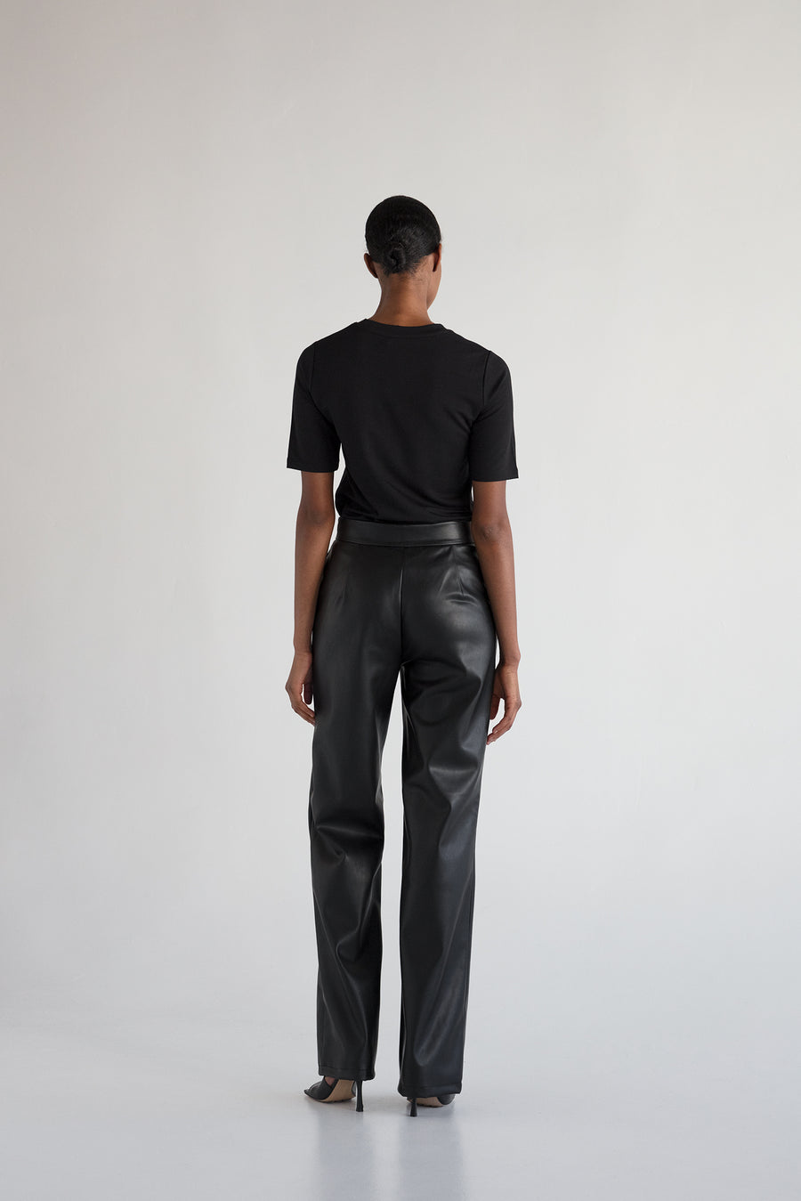 VARDON TROUSERS - BLACK