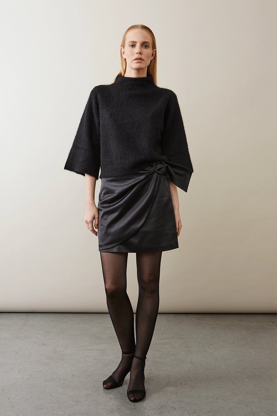 BALZAK SKIRT - BLACK SATIN Skirt Stylein