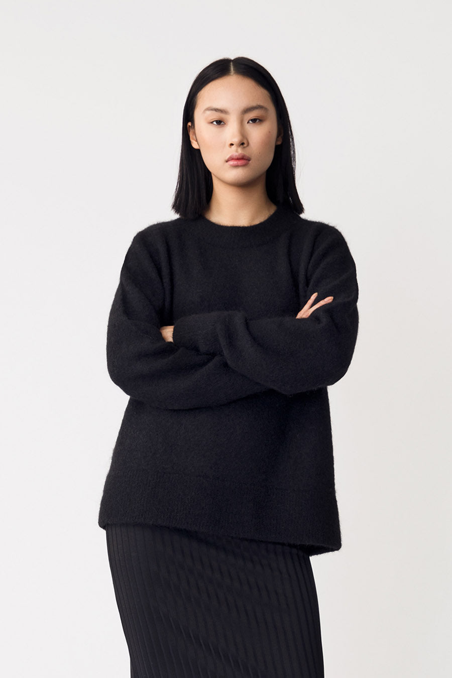 ESSIE SWEATER - BLACK