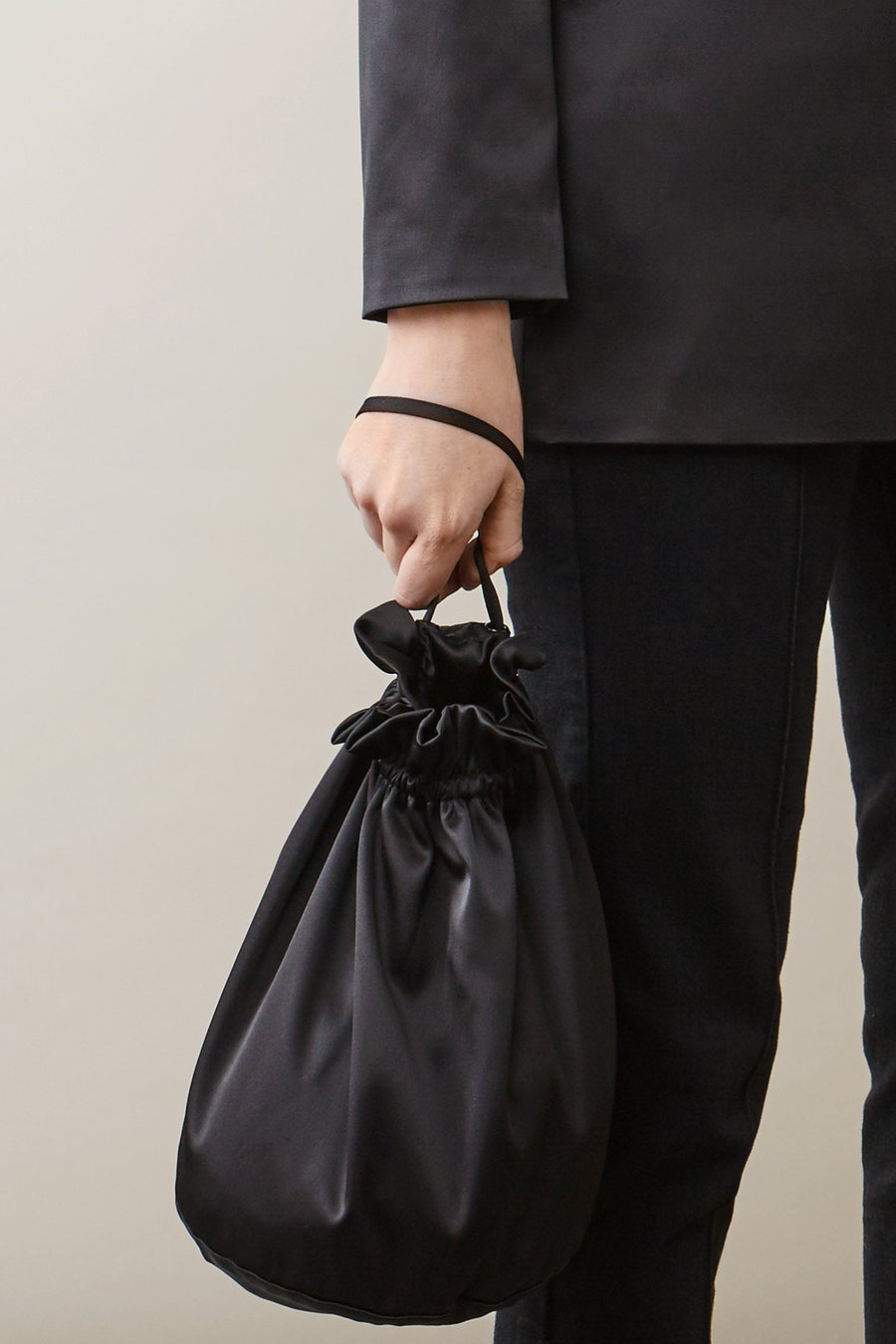 BELLE BAG - BLACK SATIN Accessories Stylein
