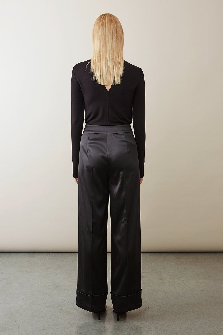 BOGAR TROUSERS - BLACK SATIN Trousers Stylein
