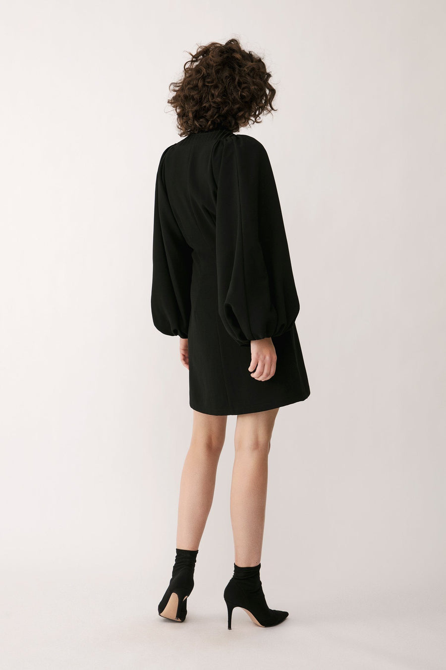 BROLO DRESS - BLACK Dress Stylein