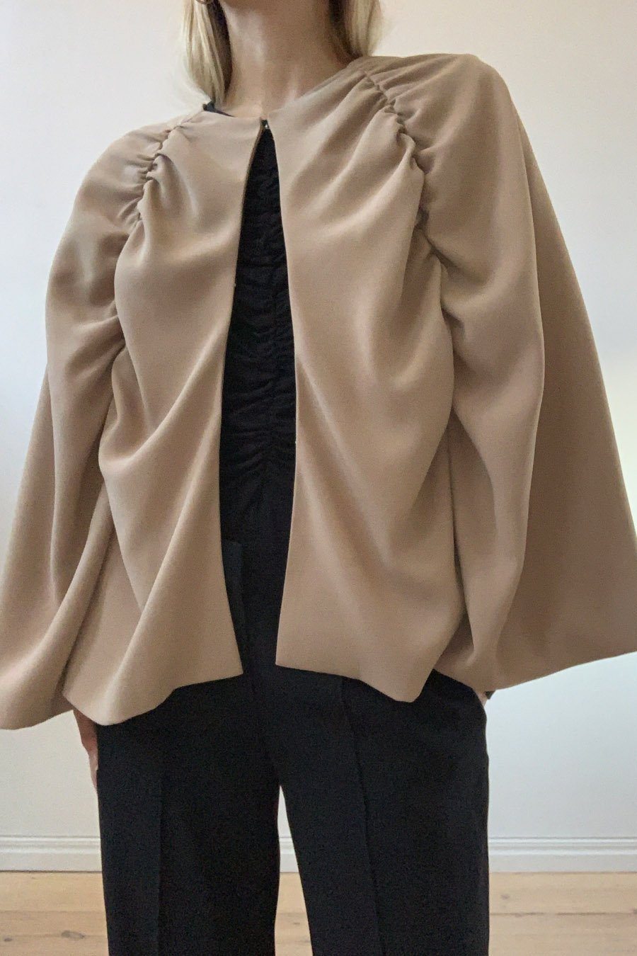 BROOK JACKET - BEIGE Jacket Stylein