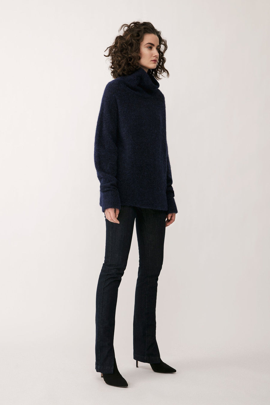 ELBE SWEATER - NAVY Sweater Stylein